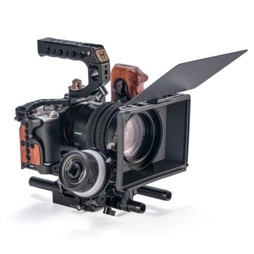 1031x1080-Text-Image-sony-a7c-kit-c